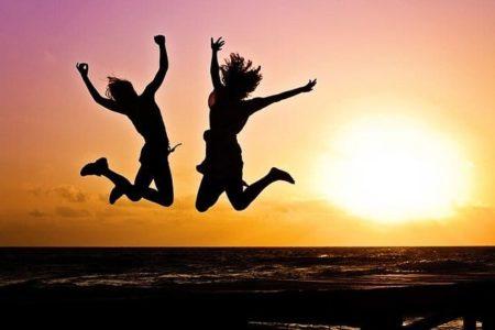 Women celebrating Image by Jill Wellington on Pixabay
